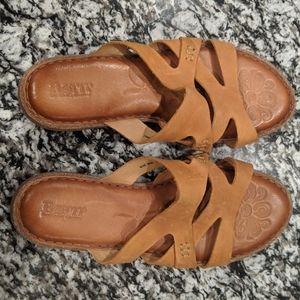 Like new Born leather sandals Tepati